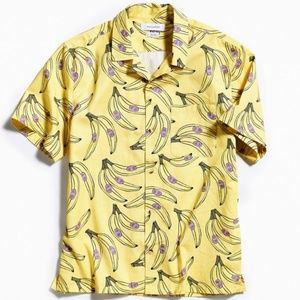 UO Banana Short Sleeve Button-Down Shirt